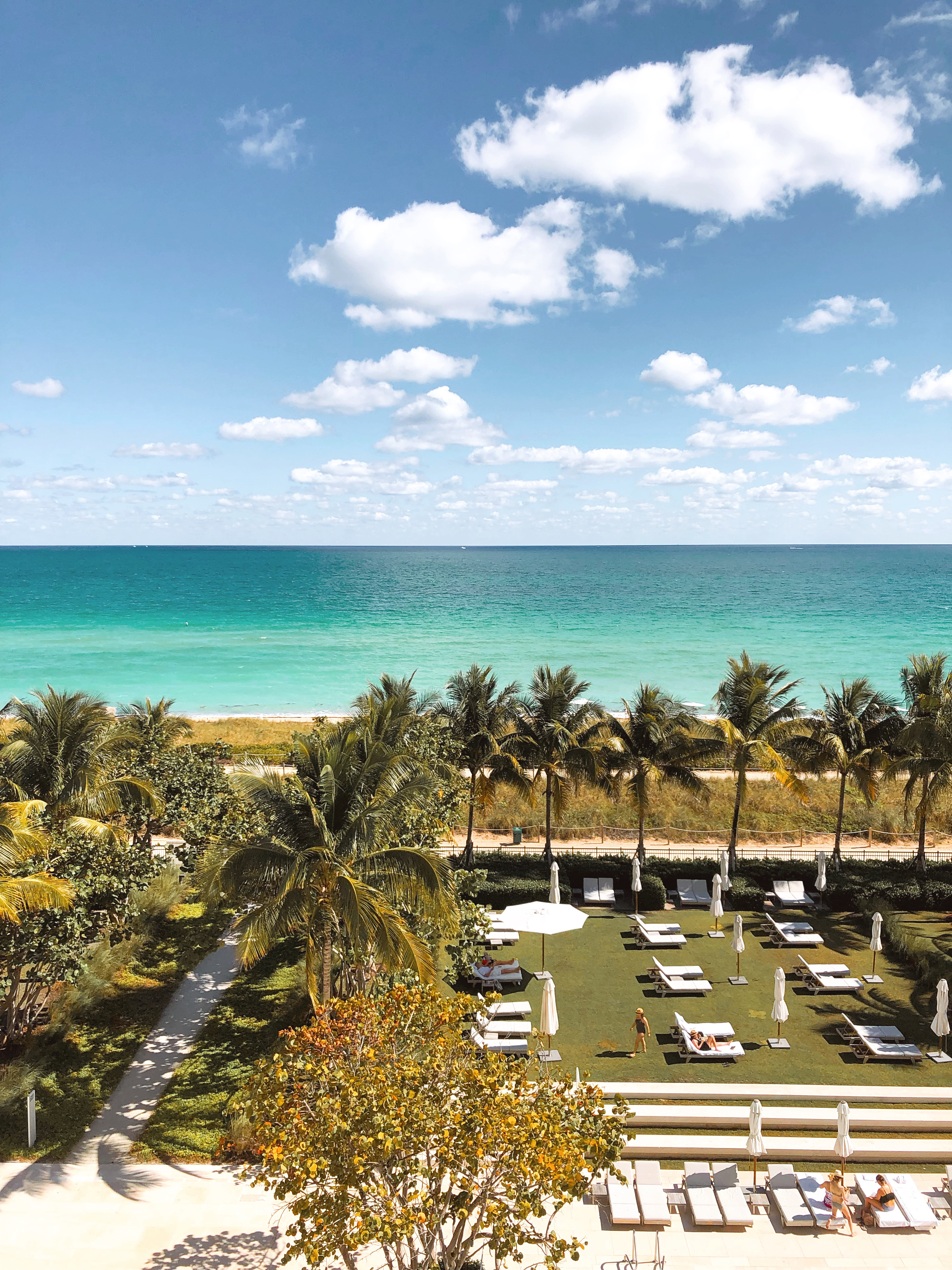 Four Seasons Hotel at The Surf Club | The Hungry Chronicles